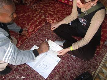Beratungsgespräch in Tunesien