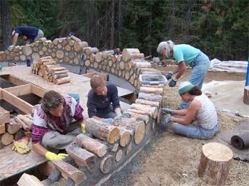 Wände aus Holz und Lehm