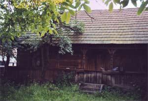 100-jähriges Holzhaus in Karpaten