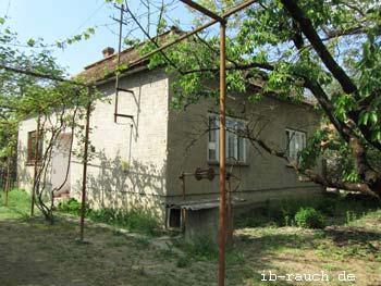 Lehmhaus in den ukrainischen Karpaten